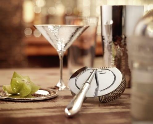 martele cocktailkelch und cocktailsieb 495x400 Robbe & Berking