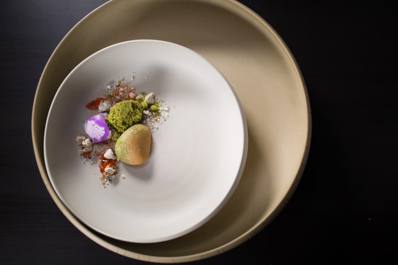 Okinawa 1 Grant Achatz   3 Star Michelin Chef